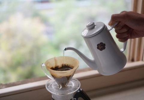 How much coffee in an electric percolator